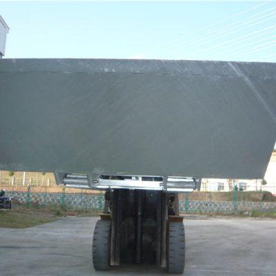 Visokokvalitetna kašika dobrog materijala koja se koristi za OEM viljuškara za bagera