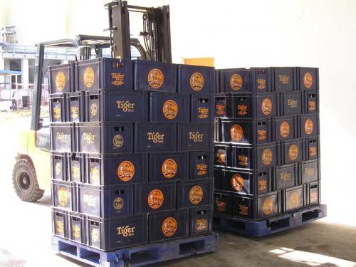 Upotreba dvostrukog bočnog uboda u industriji pića