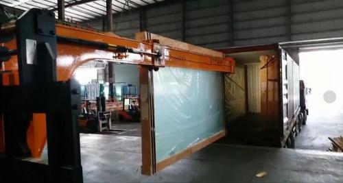 Hidraulički staklo za rukovanje staklom